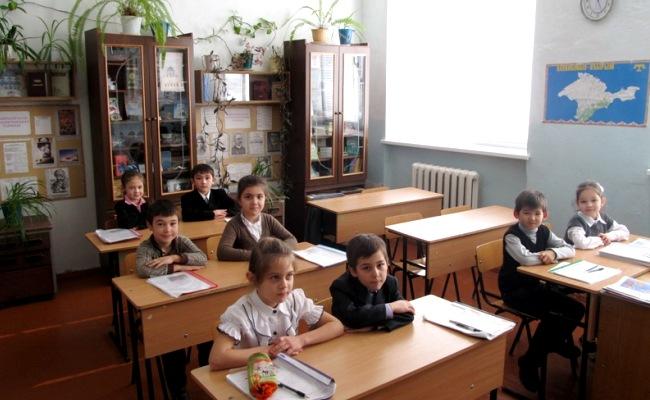 В крымских школах продолжатся уроки украинского языка