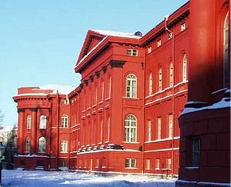 Иностранные студенты закончат украинские вузы досрочно